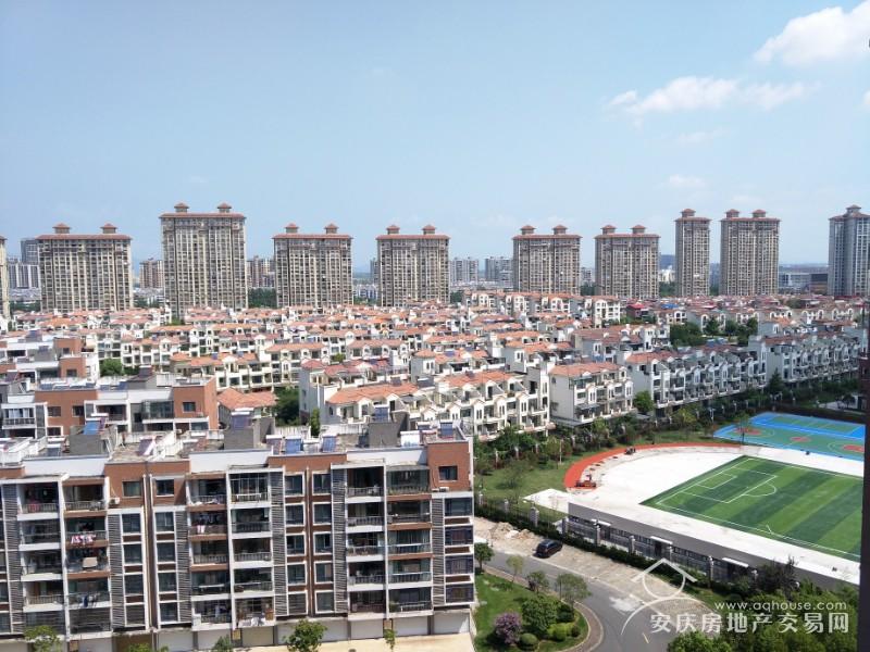 大发二期小高层 13楼119平毛坯大三房 证满两年