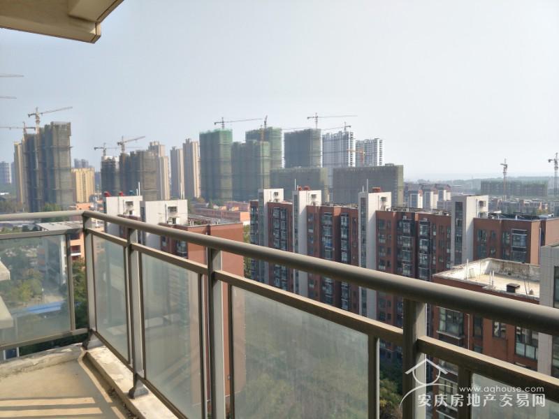 林语棠 小高层129平毛坯大三房 证满五年 税低 阳光明媚